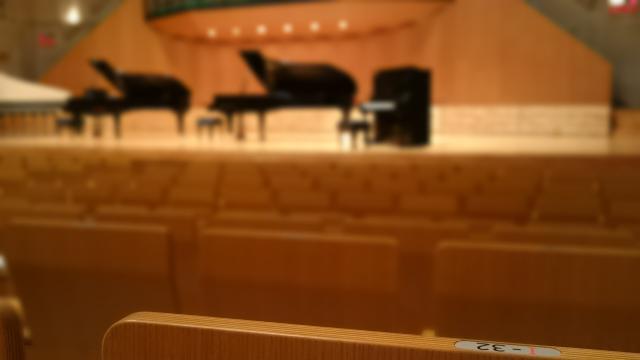 ピアノ発表会 ドレス レンタル